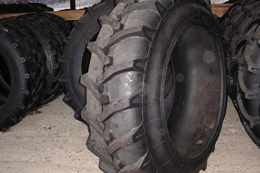Super-A-18.4-42-Large