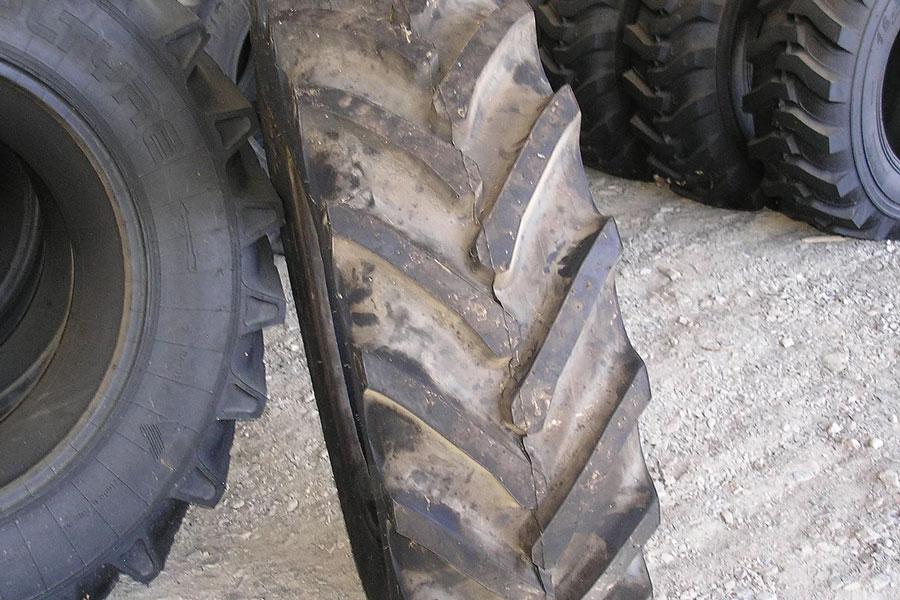 Voltyre-42085R28-Large